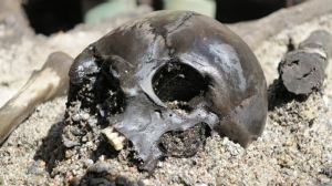 hith-evidence-of-gruesome-ancient-ritual-unearthed-in-denmark-E